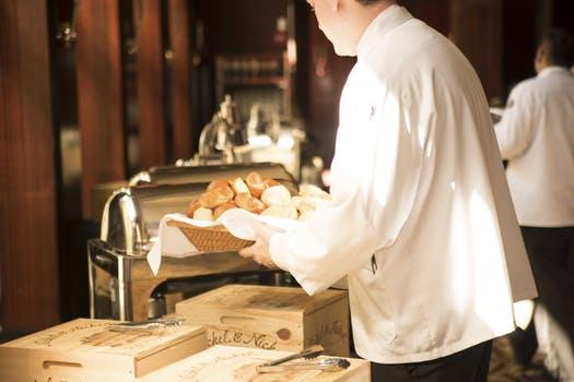 Reposición de buffet - hostelería