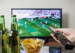 Fútbol en la televisión de los establecimientos de hostelería